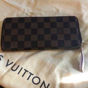 Louis Vuitton Clemence Wallet in Rose Ballerine